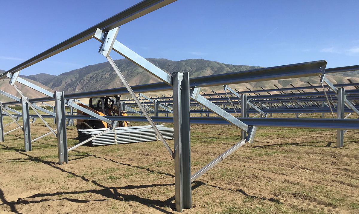 Easy Installation FIELD-FAST™ Mounting System